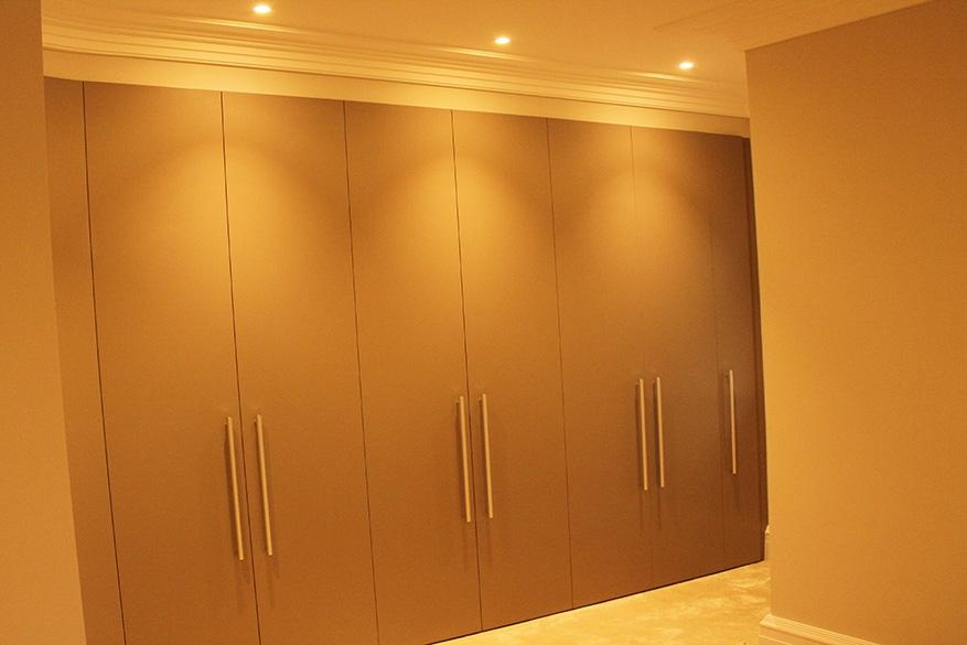 bedroom 3 wardrobe lighting - website